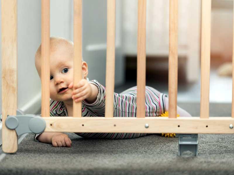 barreras seguridad escaleras bebés